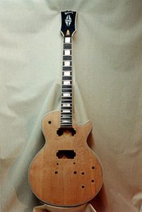 image of front of Gibson Les Paul