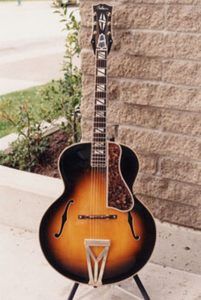 image of the repaired Gibson Super 400