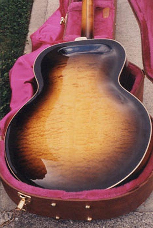 Vintage Gibson Super 400 Archtop guitar - back, before restoration