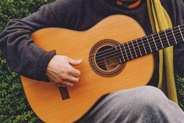 The top was restored - Daniel Friederich classical guitar