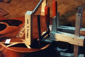 image of pressuring the body by clamps