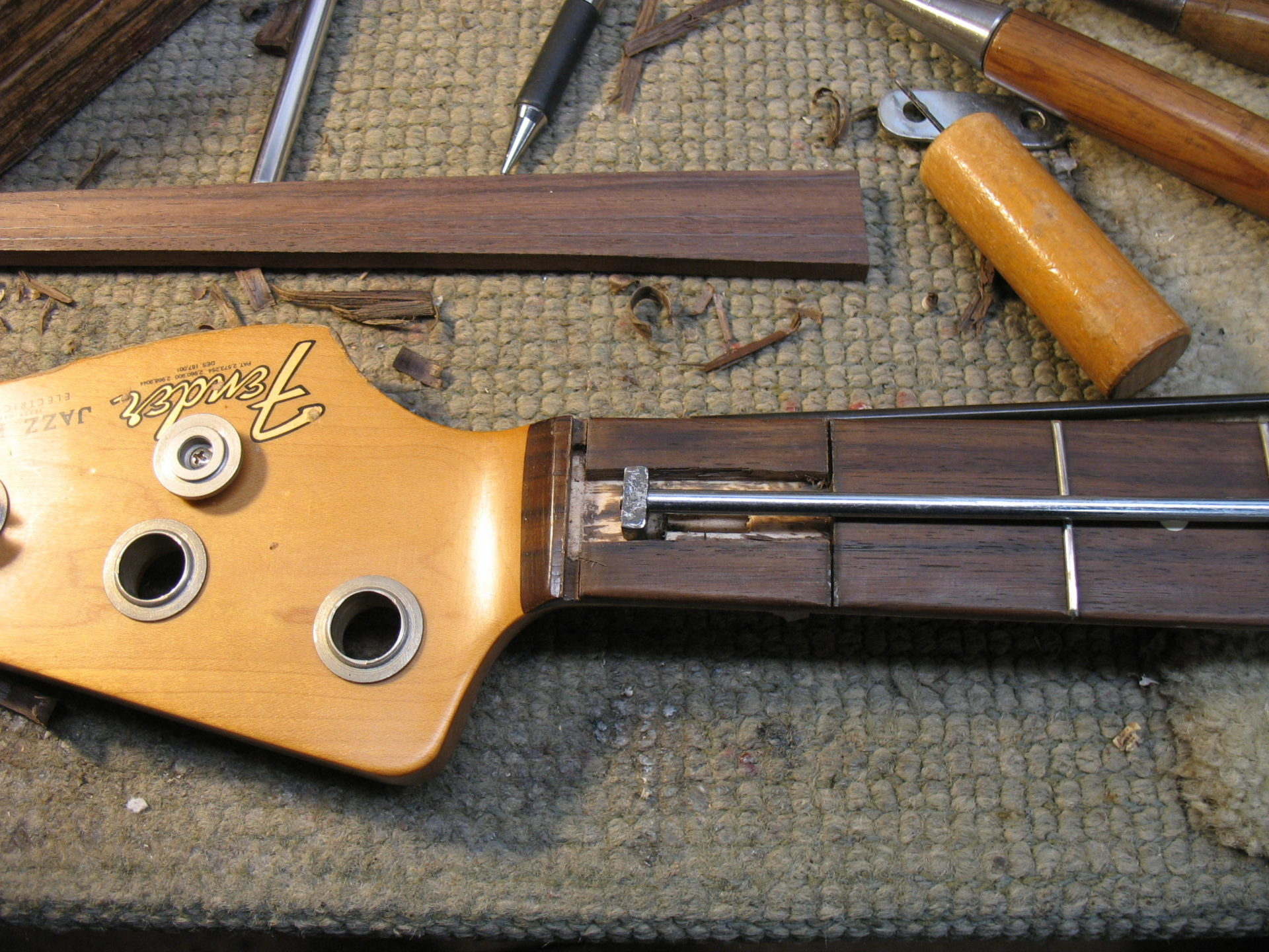 New truss rod with the existing anchor
